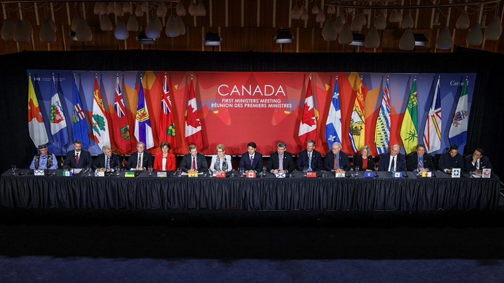 PMO Photo First Ministers Meeting 2016-12-09