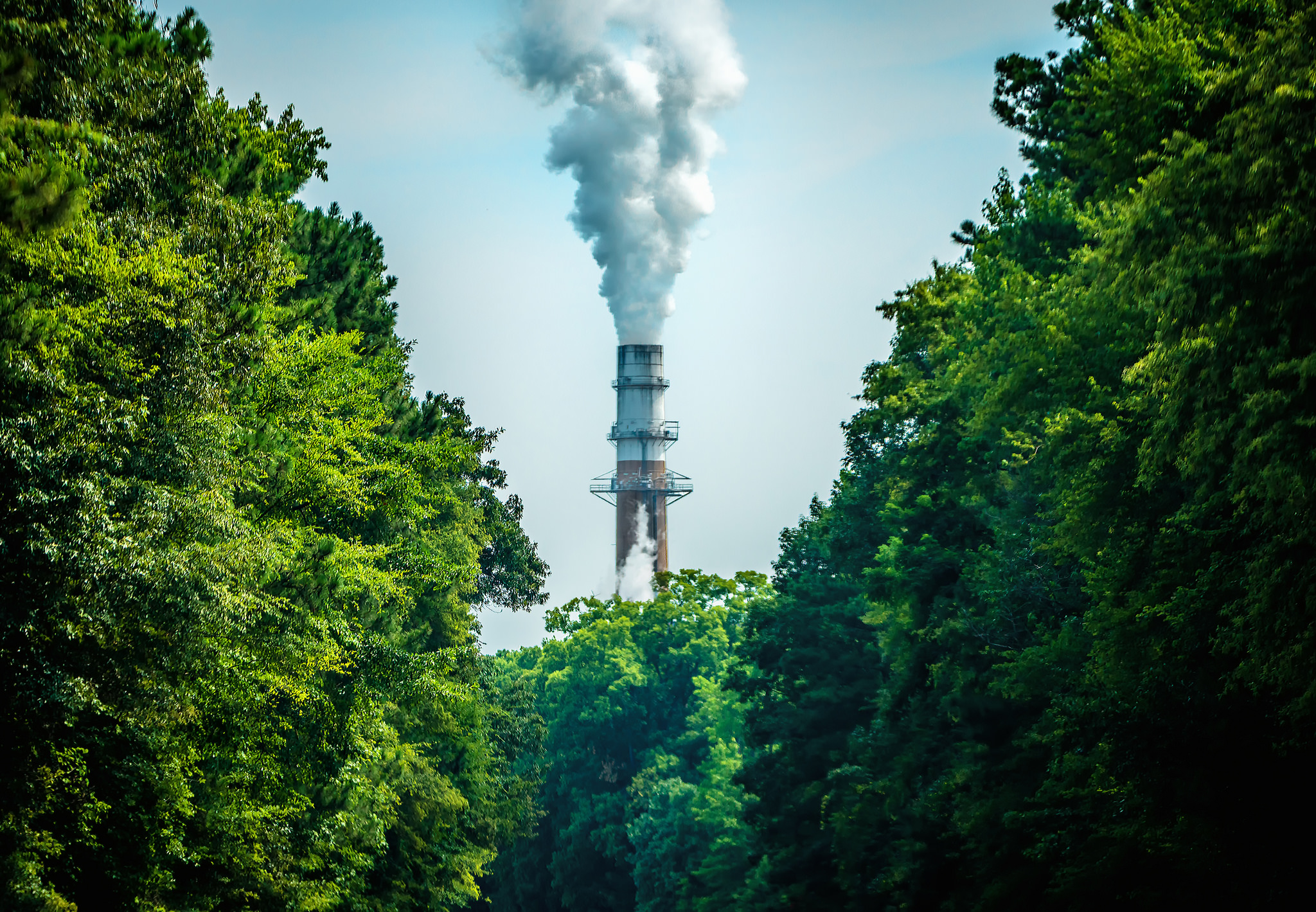 coal plant with pollution