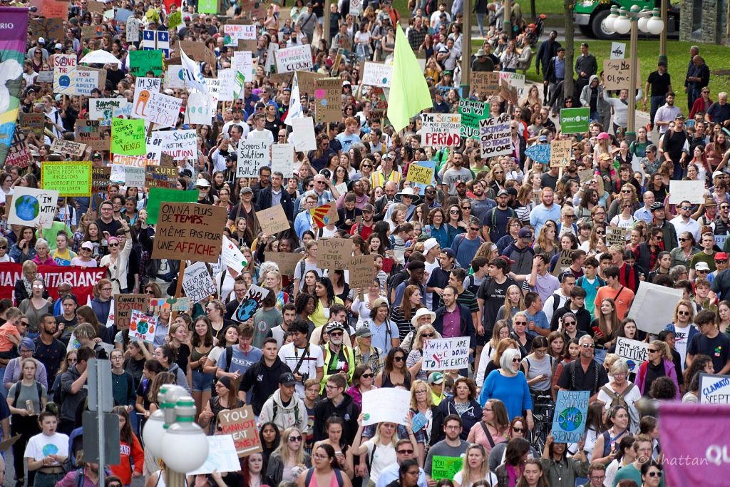 Marchers at the Ottawa Climate Strike in September 2019. Photo Credit Nhattan Nguyen /350.org (CC BY-NC-SA 2.0)